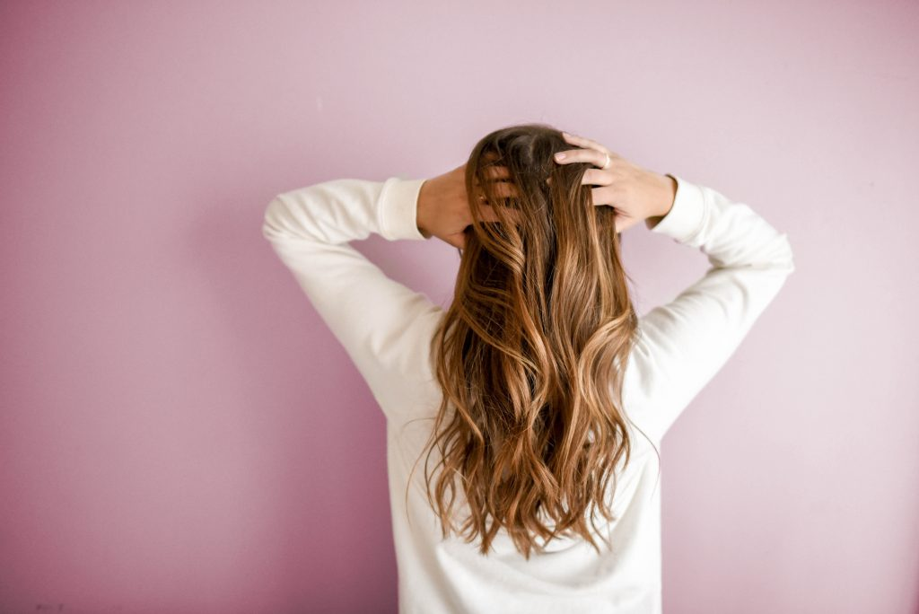 magical benefits of green tea for hair